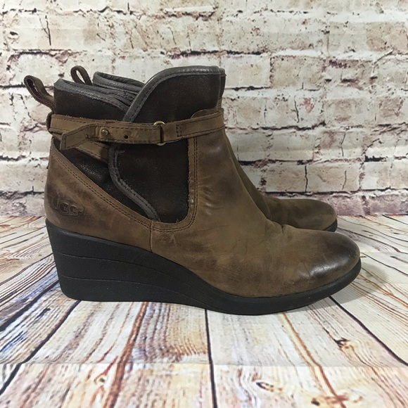 fc595043b1a UGG Australia Brown Emalie Wedge Ankle Boots Sz 9